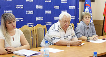 В Астрахани «Единая Россия» запускает проект «Театры детям»