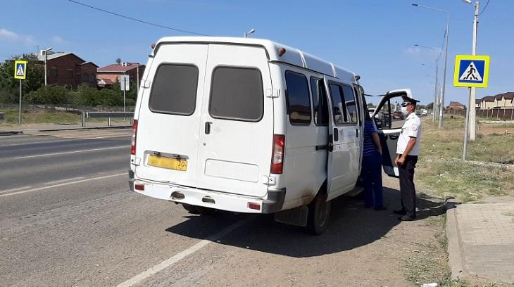Астраханские гаишники задержали пьяного водителя маршрутки