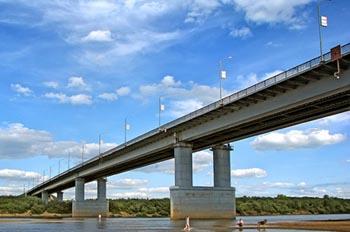 16 тысяч квадратных метров Нового моста отремонтируют за пару недель