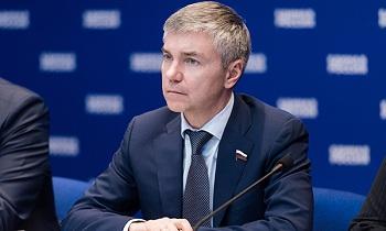 Московские однопартийцы осуждают поведение астраханского депутата и сделают выводы