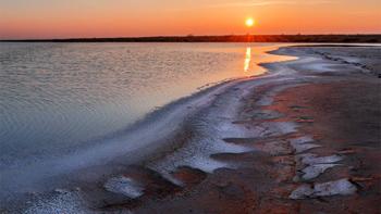 В Астраханской области будет развиваться курортная зона озера Баскунчак