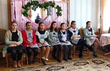 Шестиклассники зарегистрировали свой брак в ЗАГСе Астраханской области