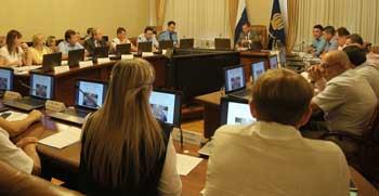 Губернатор провёл совещание по обращениям, поступившим во время «Прямой линии» с президентом Владимиром Путиным