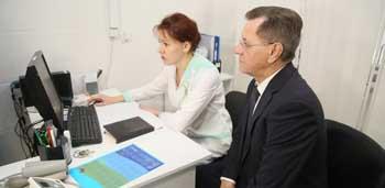 Астраханских пациентов избавляют от очередей и бумажной волокиты