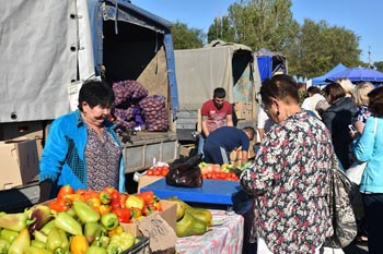 Астраханцев приглашают на субботнюю ярмарку