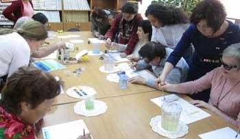 Незрячие художники Астрахани представили свои картины