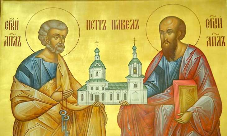 Православные астраханцы отмечают день святых апостолов Петра и Павла