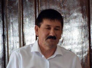 Глава Володарского района Миндиев станет жить лучше за счёт казны