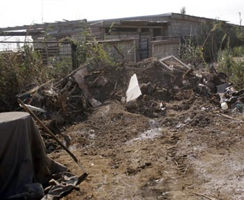 В Астраханской области обнаружены несанкционированные свалки. И убирать их никто не собирается