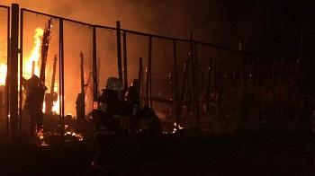 Подробности о большом пожаре в Трусовском районе