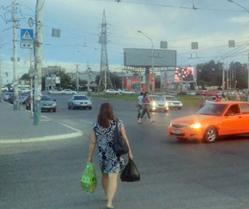 Астраханцы возмущены отсутствием «зебры» у вокзала