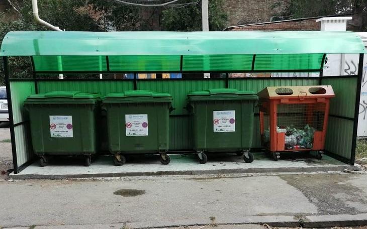 «ЭкоЦентр» установил 50 новых контейнерных площадок в Астрахани