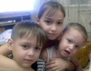 Астраханцев просят помочь пострадавшим в страшном пожаре детям