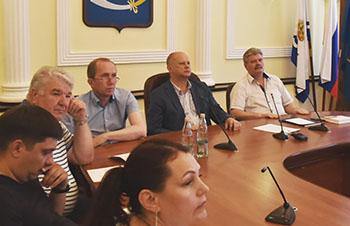 Мэрия Астрахани и союз писателей устраивают конкурс литературных переводов