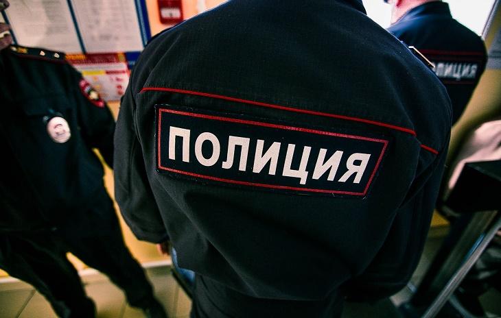 Астраханец напал на полицейского