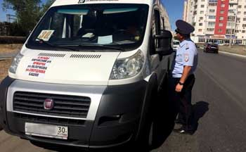 В Астрахани незаконно перевозили школьников