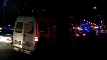 На Яблочкова недисциплинированный пешеход попал под колеса маршрутки