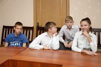 Для юных астраханцев создан военно-патриотический отряд «Факел»