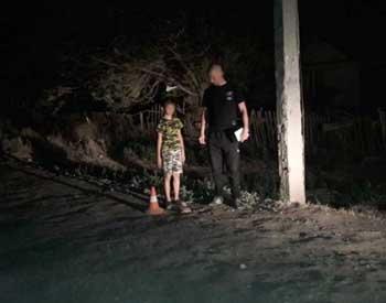 В Камызяке разыскивают водителя, сбившего ребенка и скрывшегося с места ДТП