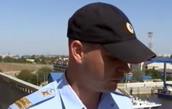Астраханские полицейские спасли самоубийцу