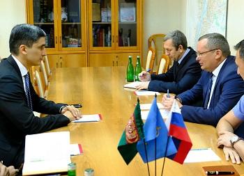 Спикер Думы Астраханской области встретился с консулом Туркменистана