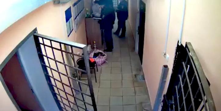 Бывший начальник ИВС Лиманского района наказан за незаконное освобождение осужденного