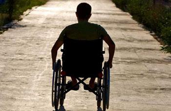 «Доступная среда» для инвалидов в Астрахани на грани провала