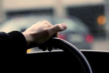 В Трусовском районе парень за рулём Lada Granta убил сельчанина