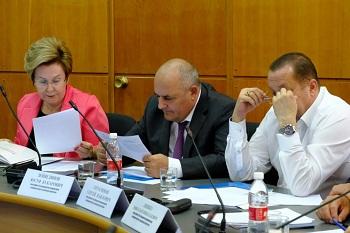 Налоги и льготы в центре внимания астраханских депутатов