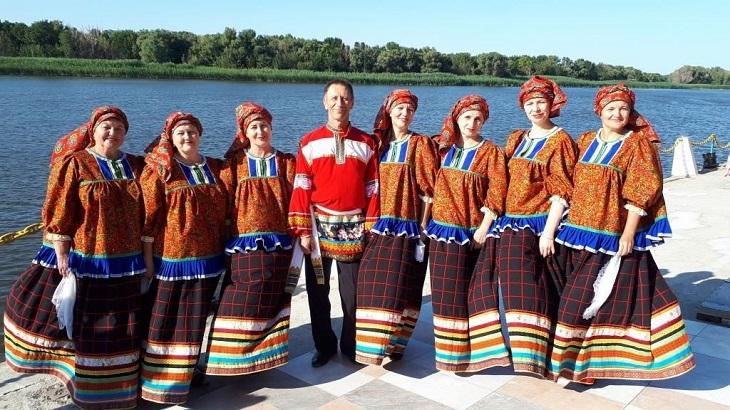 Астраханский фольклорный ансамбль «Услада» побеждает в олайн-проектах