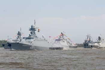 День ВМФ в Астрахани отпраздновали громче обычного