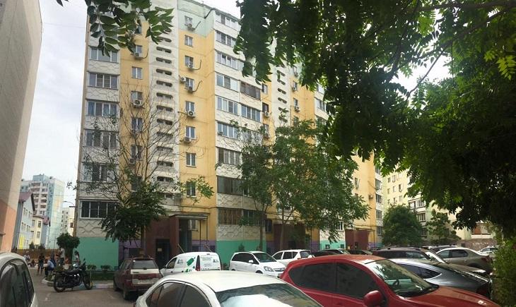 В Астрахани шестилетняя девочка погибла, выпав из окна