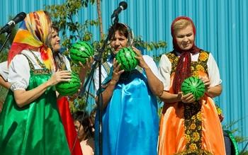 Выступление астраханских пенсионеров украсило этнографический праздник