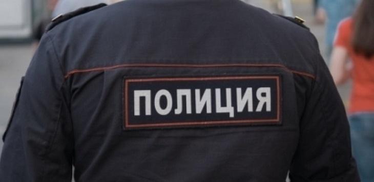 Полицейский избил человека под Астраханью