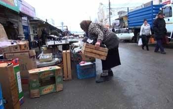 В Астрахани на Больших Исадах разогнали торговцев
