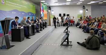 Астраханская молодёжь встретилась с министром экономического развития РФ