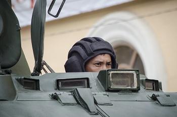 Наш великолепный фоторепортаж с парада Победы в Астрахани