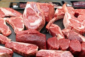 В Астрахани продавалось просроченное мясо без документов