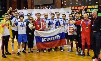 Астраханские врачи играют в футбол и побеждают