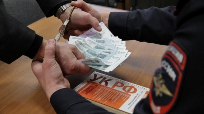 Гражданин Узбекистана не удачно дал взятку полицейскому в Астрахани