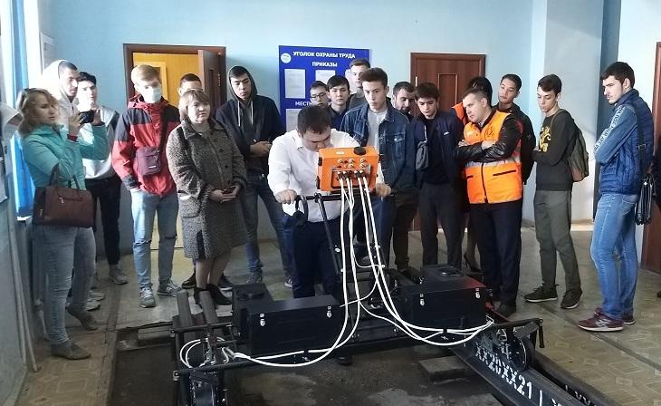 Астраханская молодёжь побывала на экскурсии по железнодорожным предприятиям