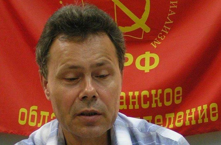 Коммунист стал первым зарегистрированным кандидатом в астраханские губернаторы