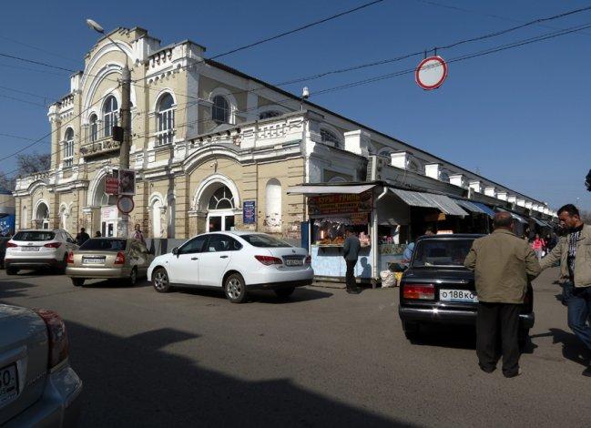 Житель Дагестана обчистил накормившего его астраханца