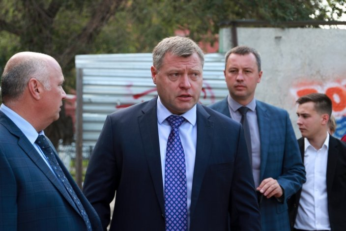Глава региона недоволен ремонтом и благоустройством улицы Яблочкова