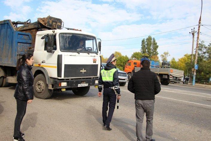 Пять протоколов за два часа. в Астрахани прошел рейд Экоконтроля