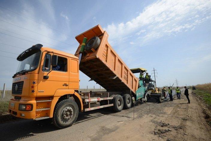В Астраханской области идёт ремонт трёх дорог