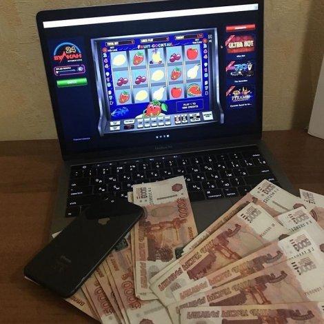 В Астрахани погорел азартный директор сетевого магазина