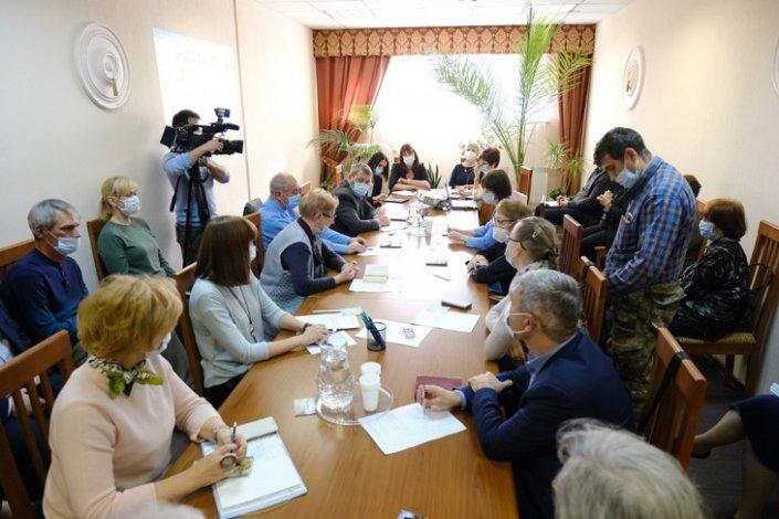 Астраханские общественники поговорили с чиновниками об объектах культурного наследия