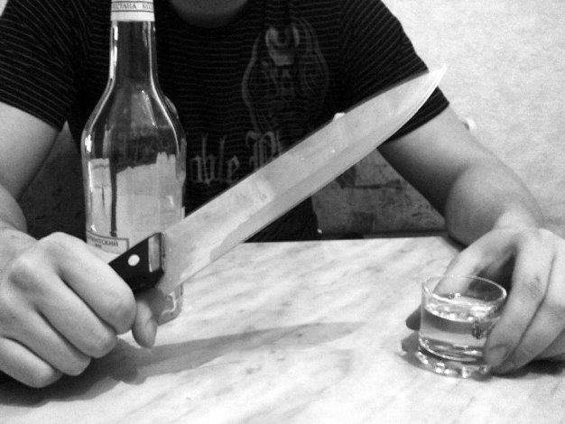 Застолье по-астрахански: немолодой сельчанин зверски убил собутыльника