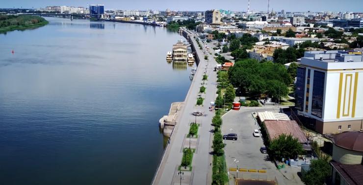 В Астрахани на две недели закроют все ТЦ, рынки, рестораны и кафе
